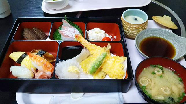 寿司御膳ランチ ¥880