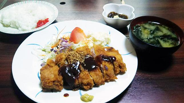 とんかつ定食 ¥750