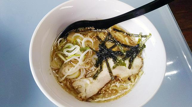 鶏白湯ラーメンセット ¥580