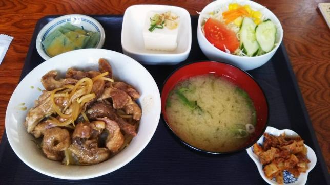 イベリコ丼定食 ¥750