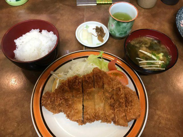 とんかつ定食 ¥780