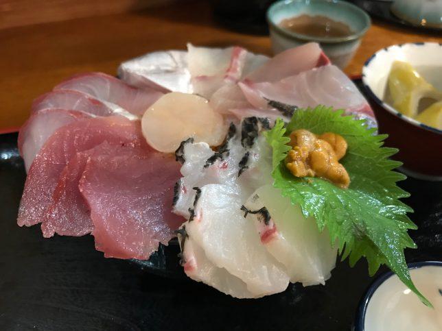 食彩岬海鮮丼アップ