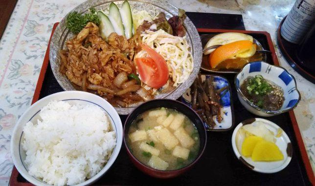 生姜焼き定食 ¥800