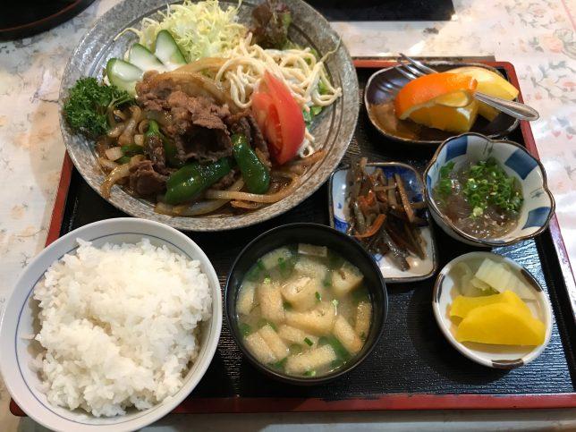 焼肉定食 ¥800
