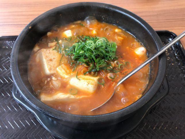 スン豆腐 和牛すじ肉+トッポギ5本 ¥730