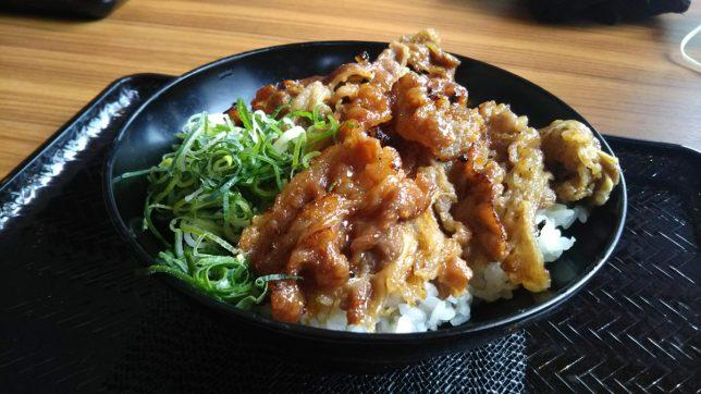 さっちゃんのカルビ丼 並 ¥540