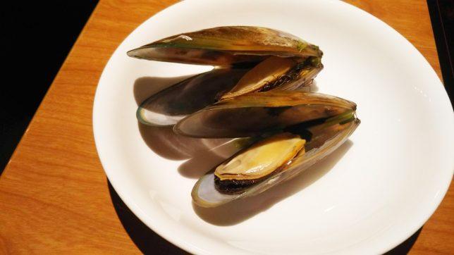 パーナ貝のガーリックソース