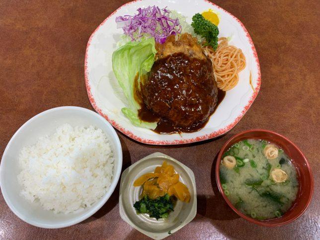 ハンバーグ定食 ¥1,080