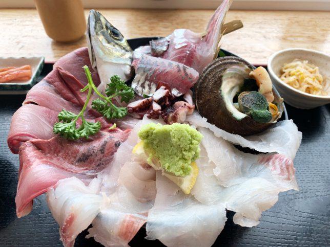 海鮮丼フタ開け