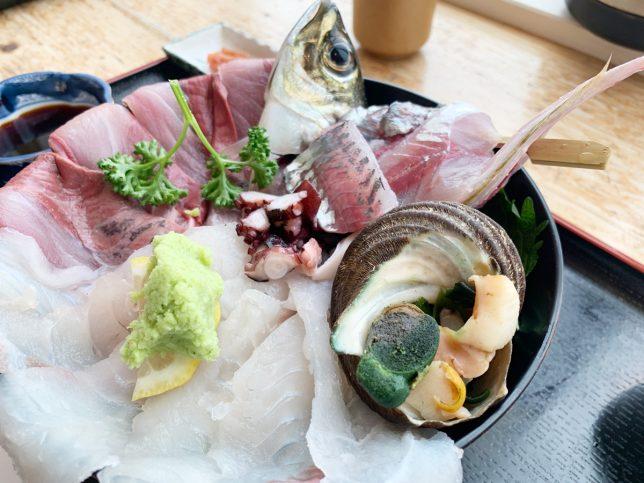 海鮮丼アップ2