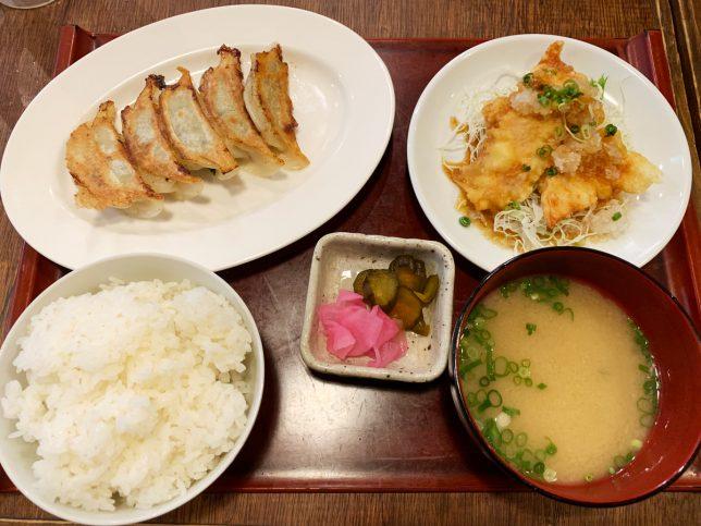 日替わり定食(とり天と餃子) ¥680