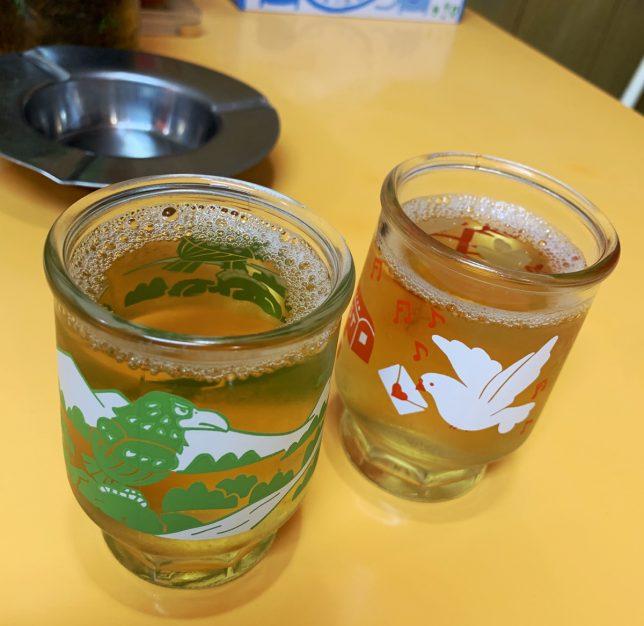 ラーメン亭ワンカップのお茶