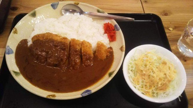 カツカレー ¥750