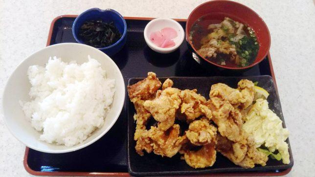 山盛りからあげ定食 ¥787
