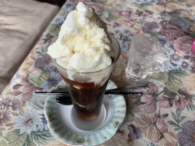 コーヒーフロート ¥600