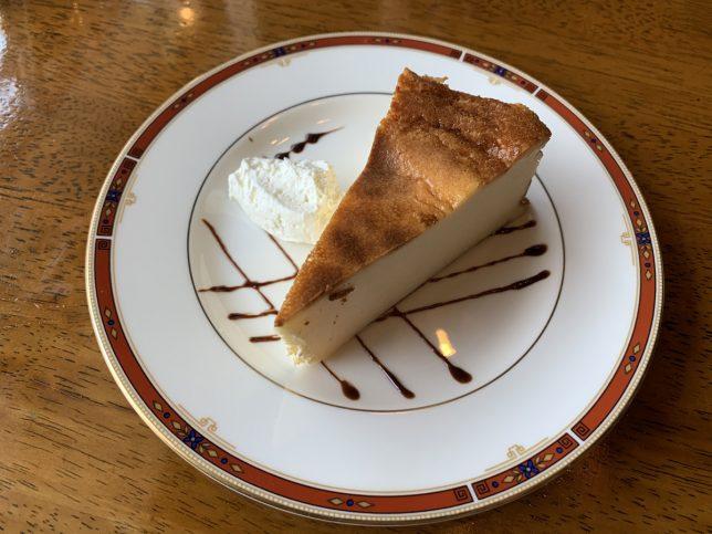 ケーキセット(チーズケーキ) ¥770