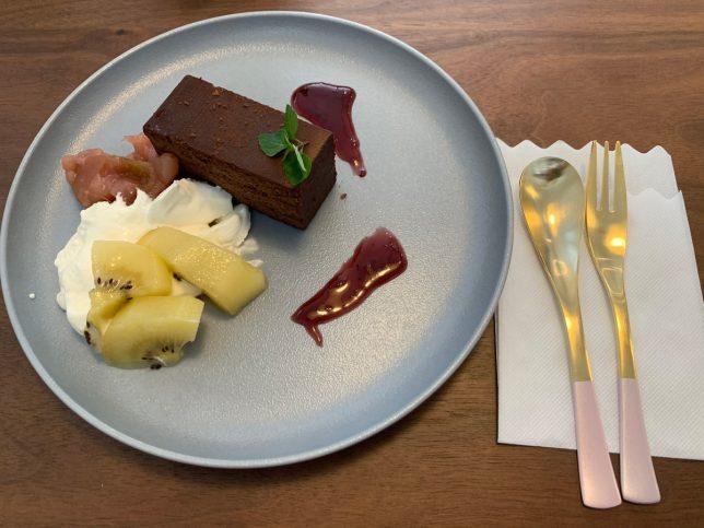 チョコレートケーキ ¥500
