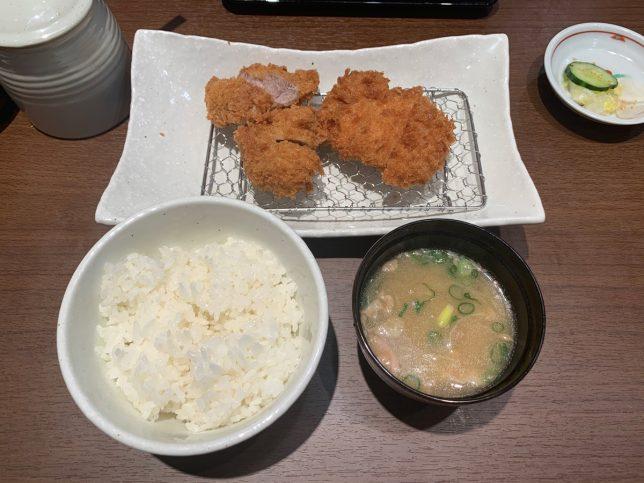 ロースカツ&上ヒレカツ膳 ¥1,280