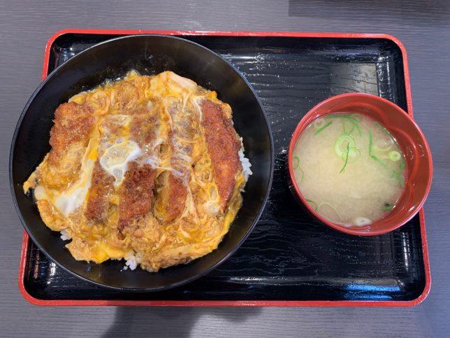 カツとじ丼 ¥700