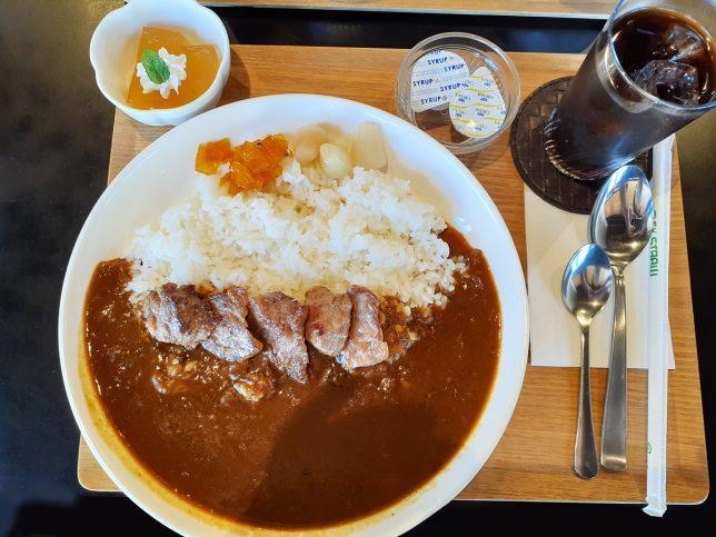 大分カレーライス(上/焼き) ¥850
